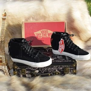 VANS New Hi Moc Suede Leather Kids Ankle Sneakers